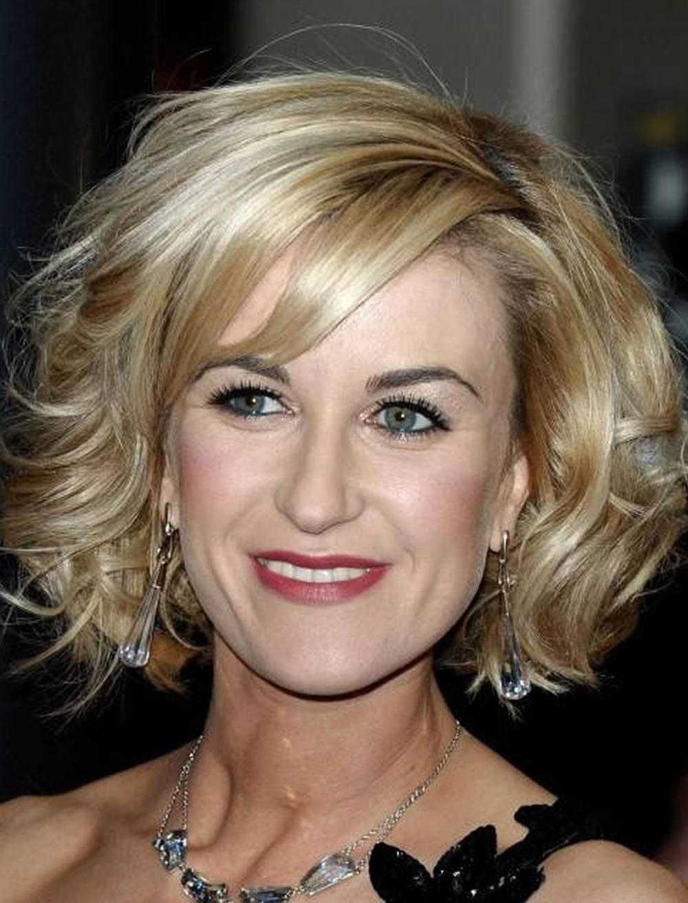 bob hairstyles for older women over 40 to 60 years 2017-2018