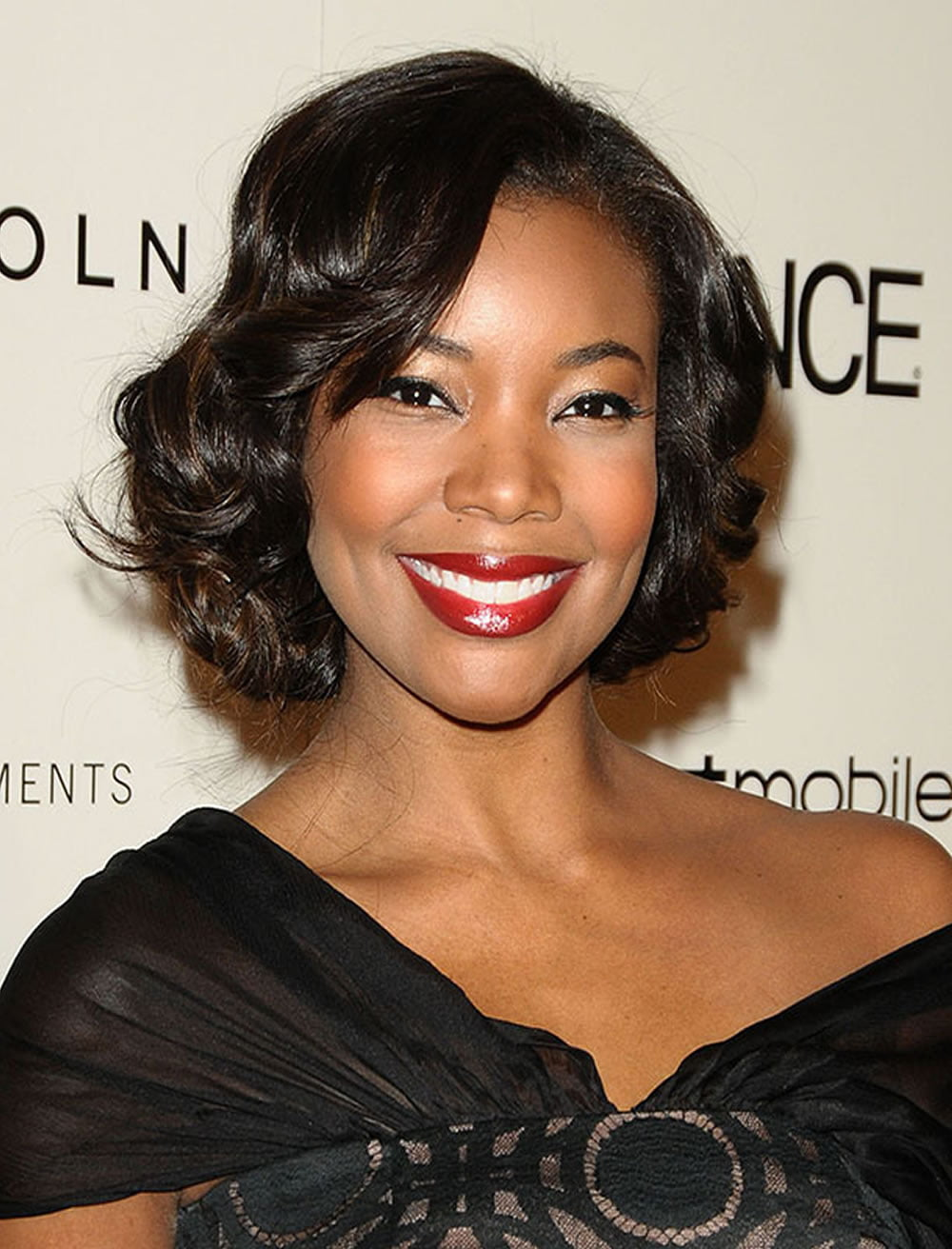 Layered Bob Hair Ideas for Black Women With Round Face - HAIRSTYLES