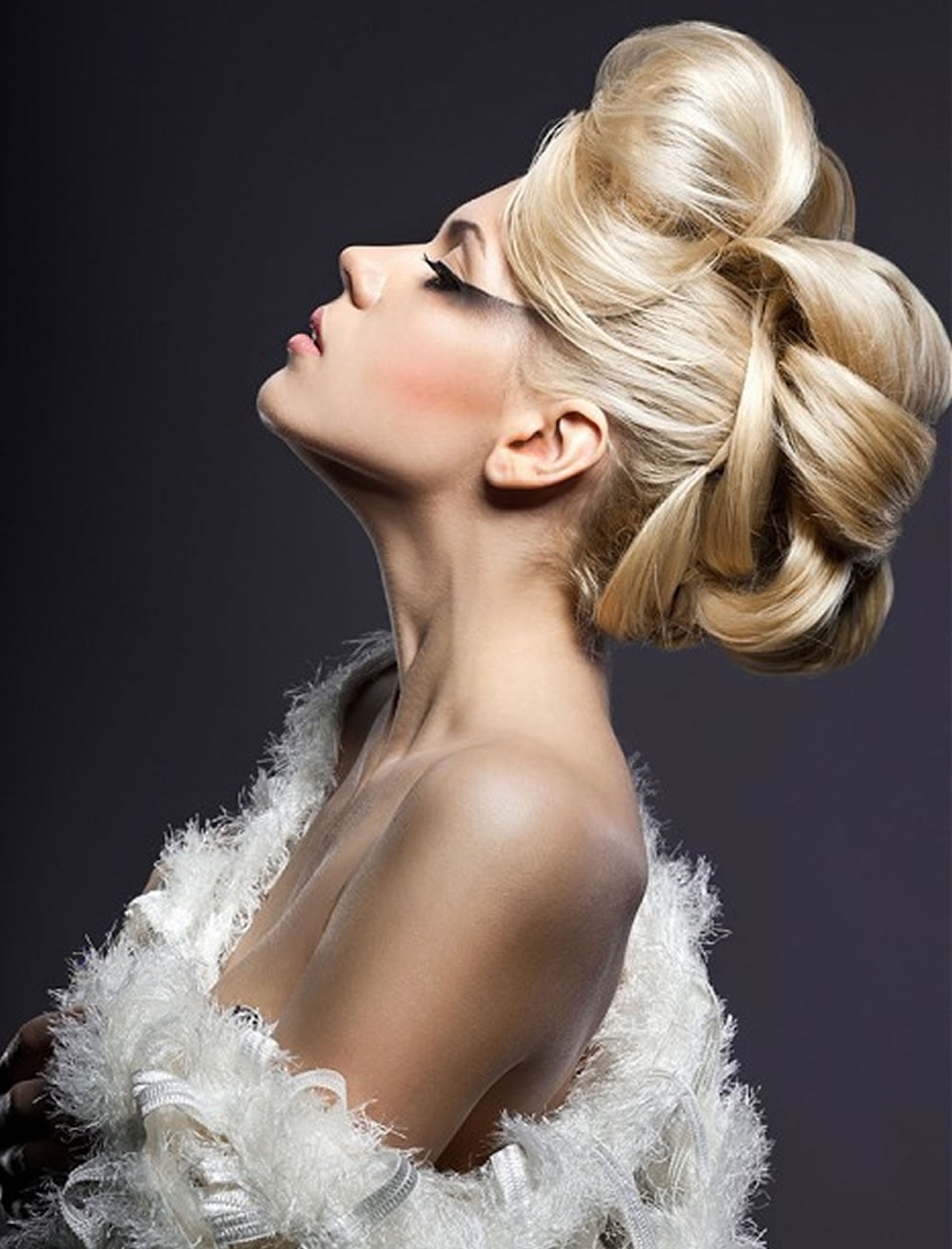 32 Perfect Updo Hairstyles For Prom 2017 2018 Round