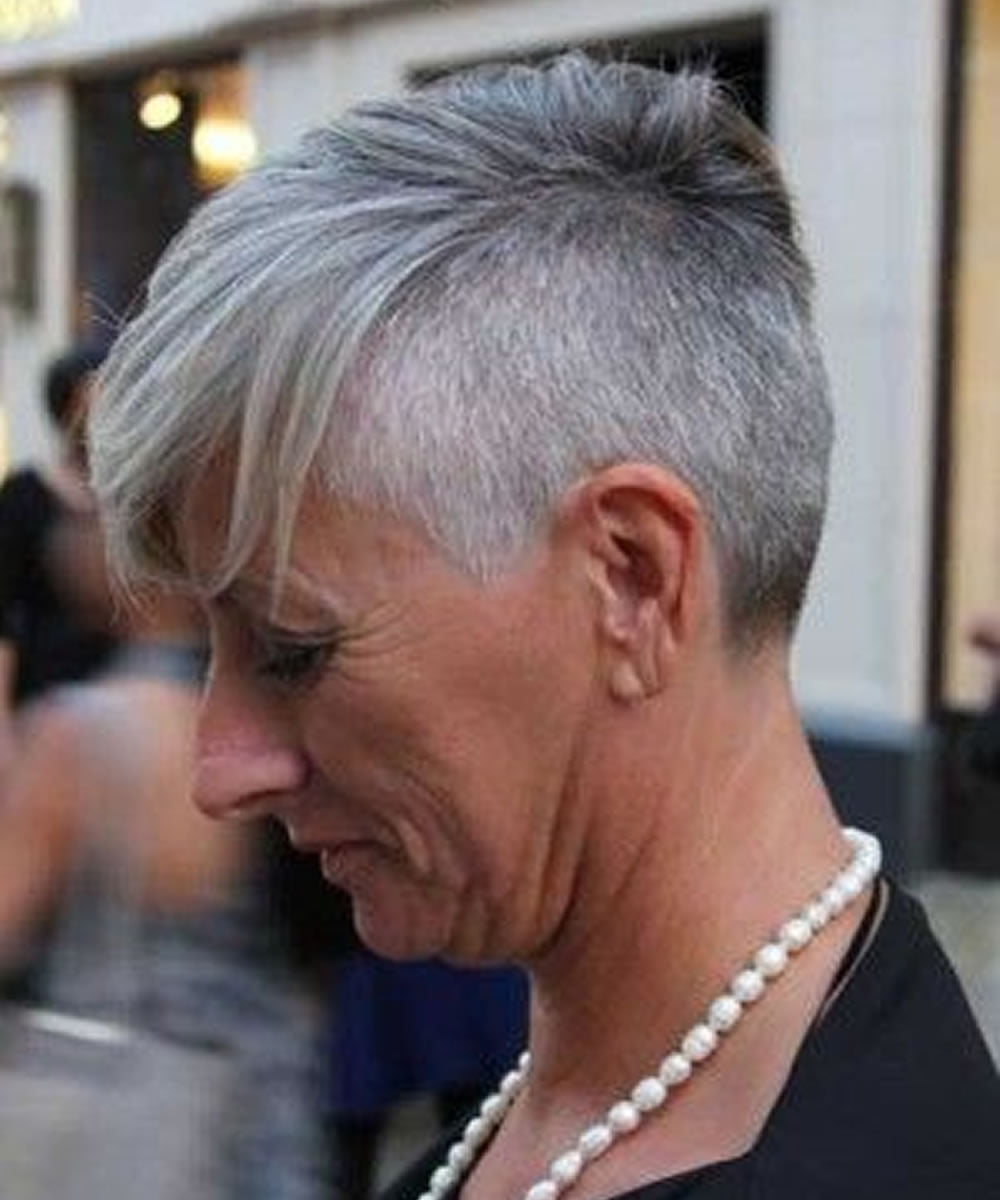 2018-2019 Grey Short Haircuts for Older Women Over 50