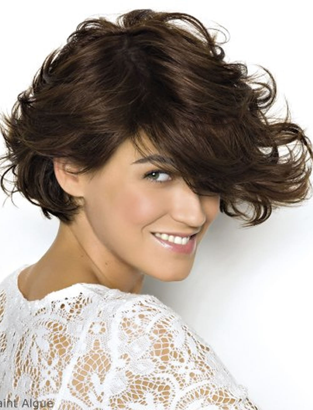 Latest Bob Haircuts for Women with Long Faces