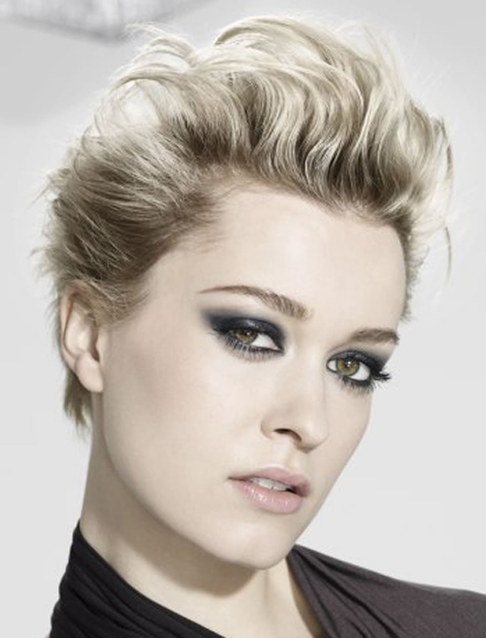Womens Hairstyles: Top 32 Short Haircuts & Hairstyle Ideas For Women