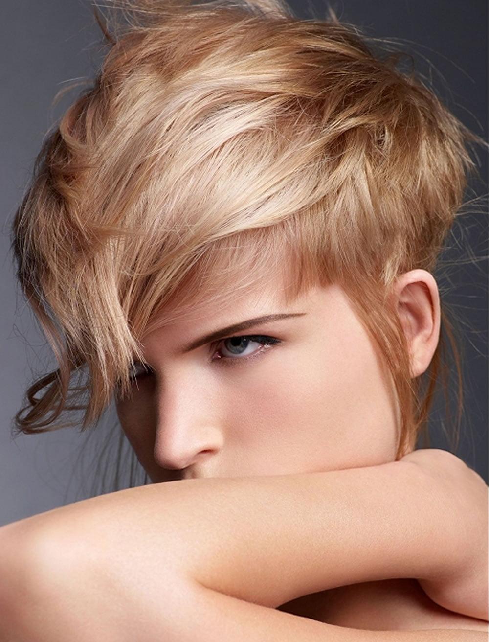 Asymmetric Bob Haircuts