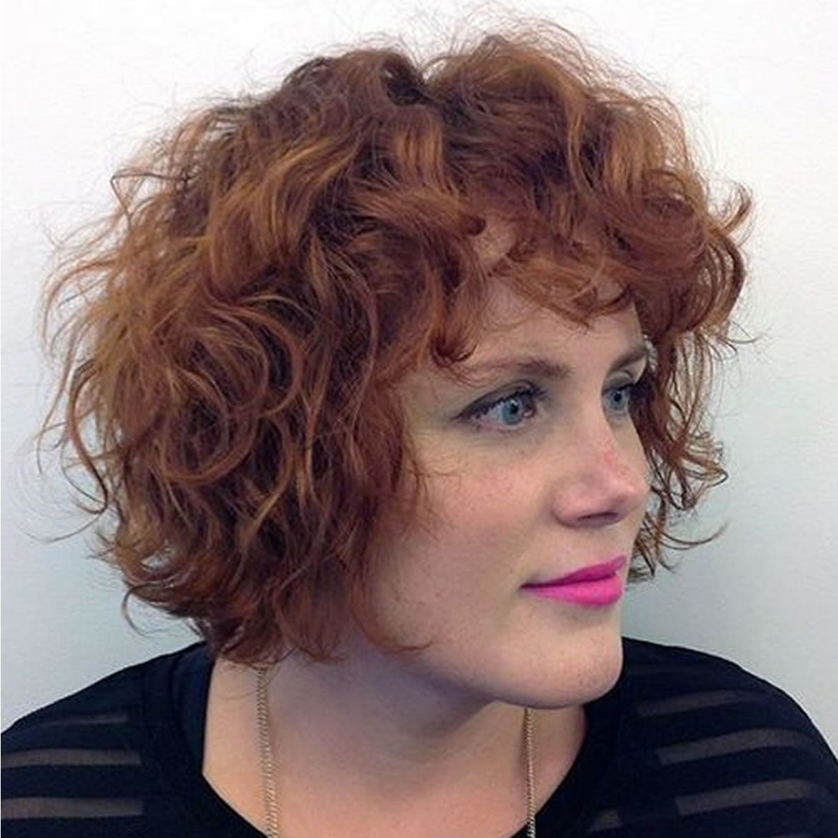 bob styles for curly hair curly bob hairstyles for autumn amp winter hair 4995