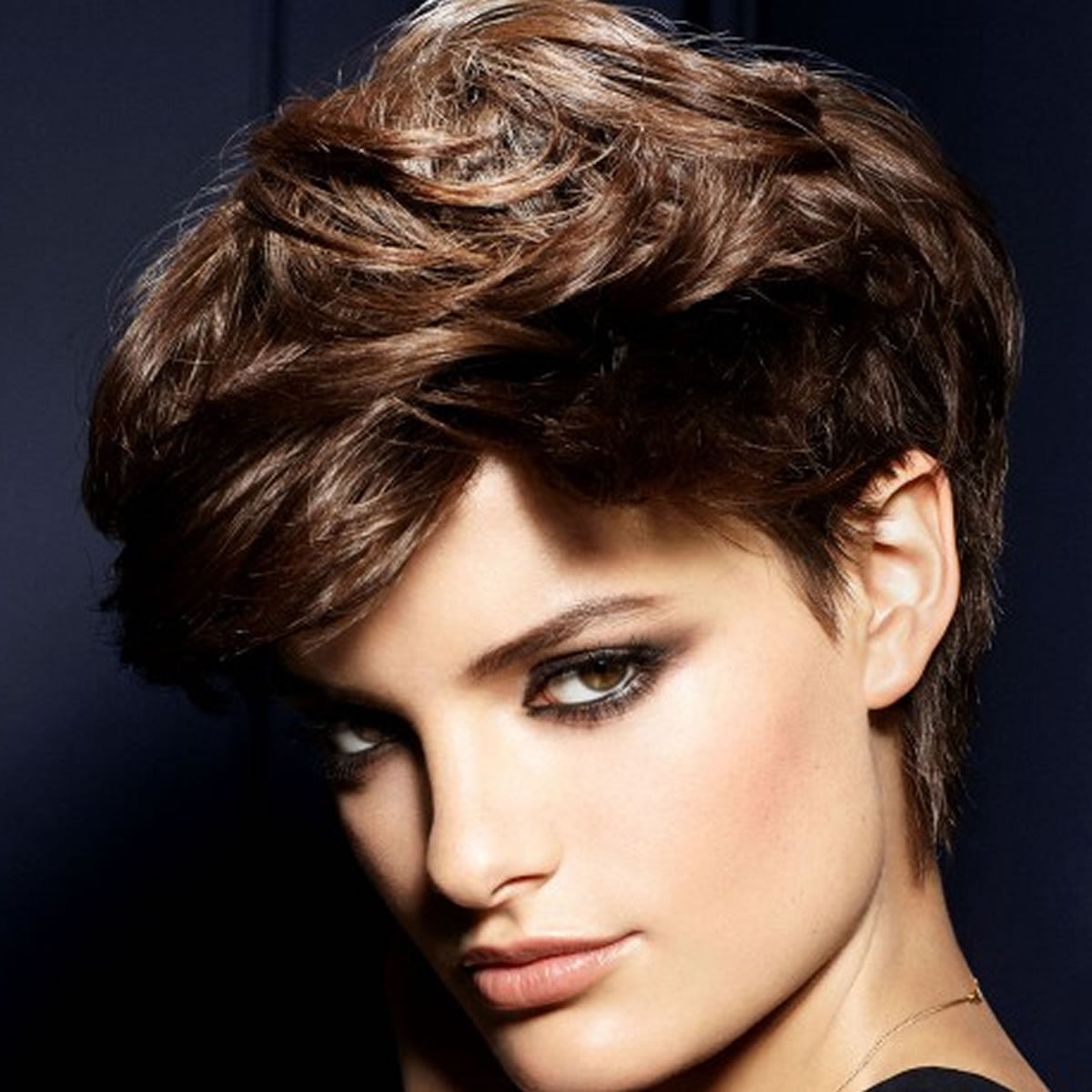 The most preferred pixie haircuts for short hair models in ...