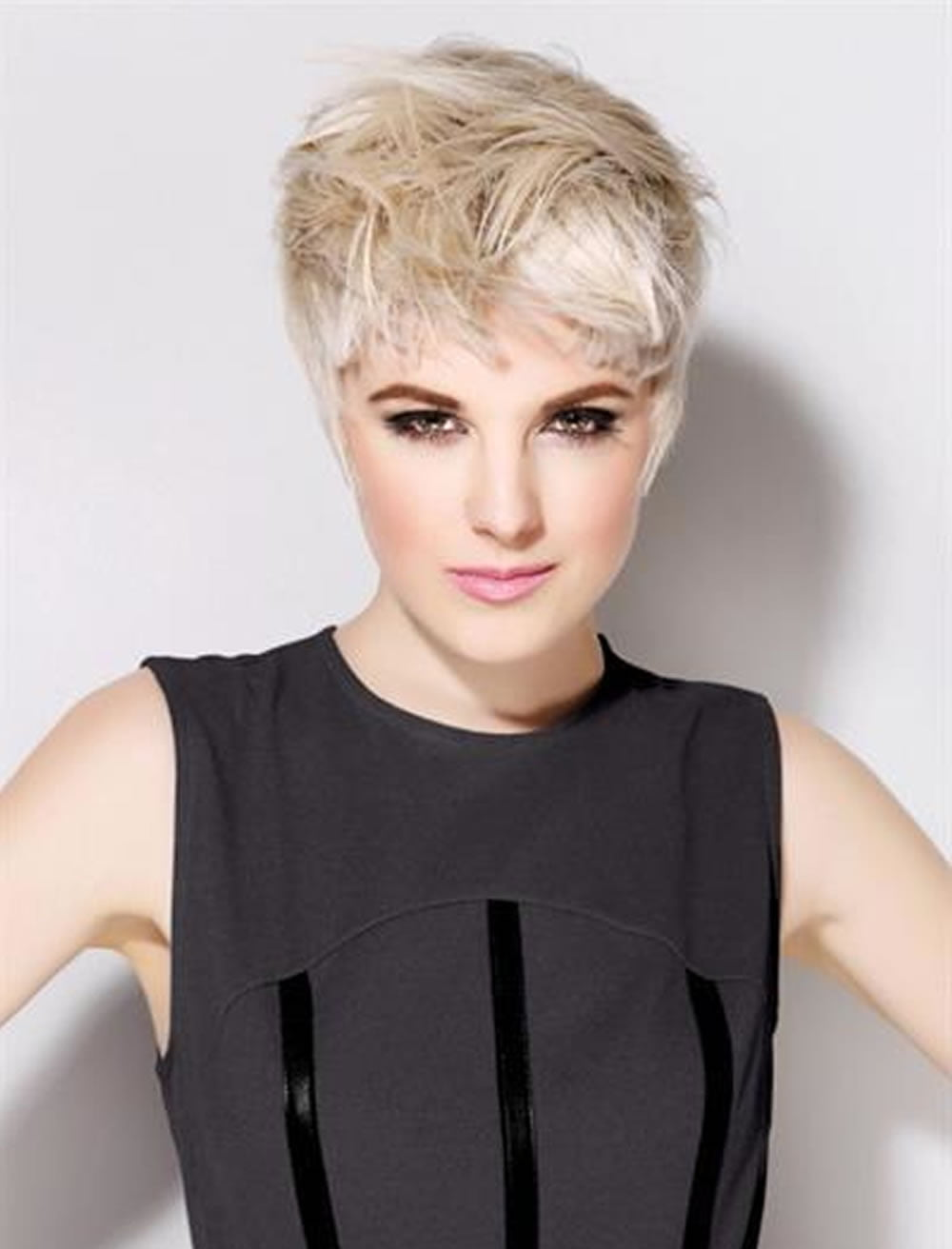 trend pixie haircuts for thick hair 2018-2019 : 28 terrific pixie