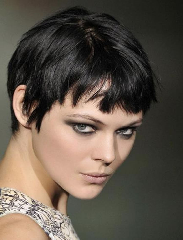 trendy short haircut for women trendy pixie haircuts for 2018 2019 page 3 6016 | Trendy Short Pixie Haircuts for Women 2018 2019 13