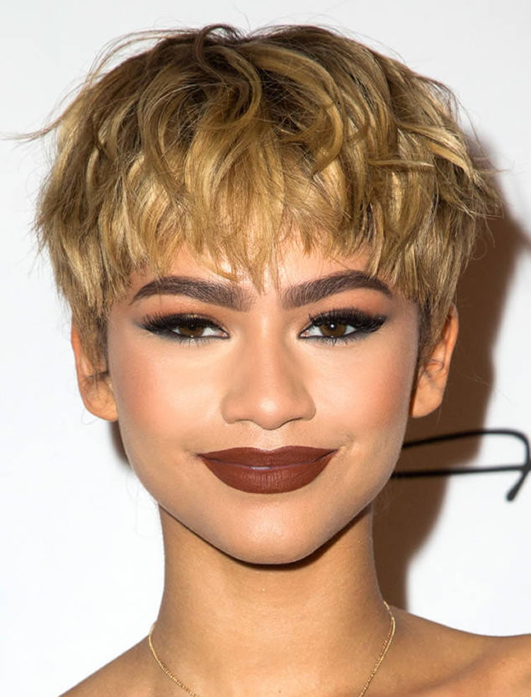 Trendy Short Pixie Haircuts for Women 2018-2019 - HAIRSTYLES