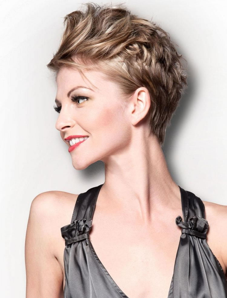 Trendy Short Pixie Haircuts for Women 2018 2019 19