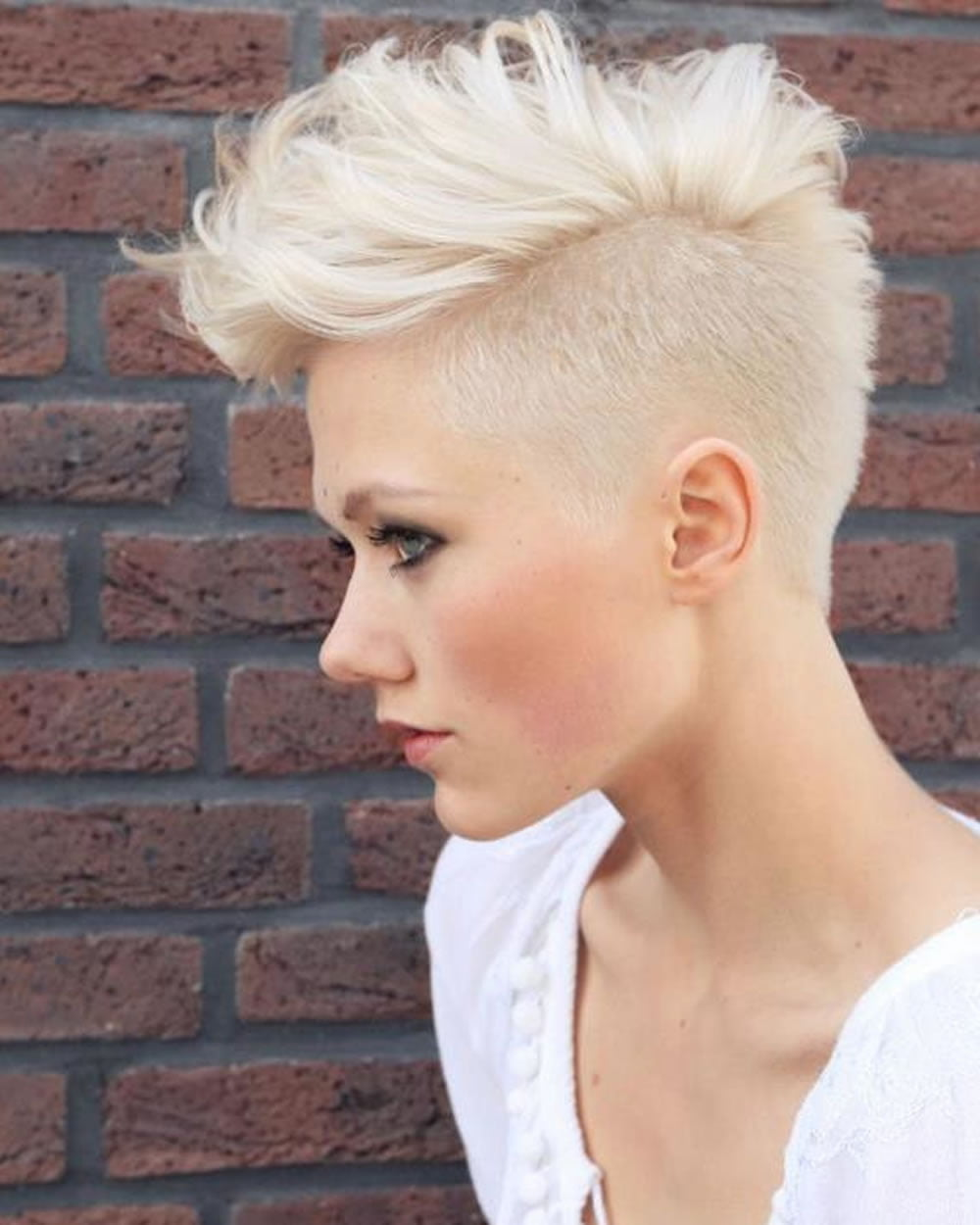 Feminine Extreme Short Haircuts For Ladies 2018 2019
