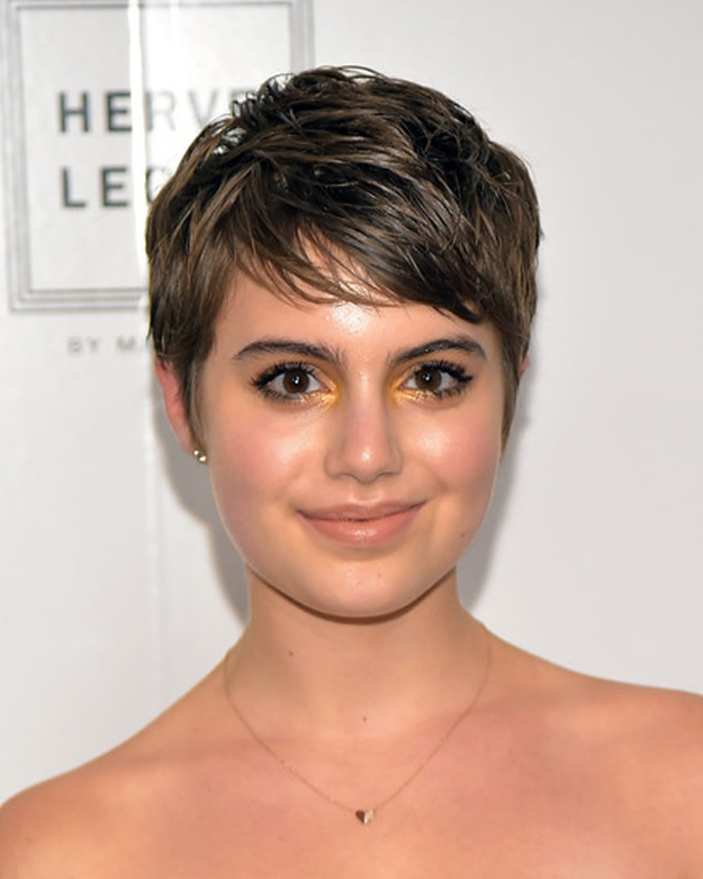 Pixie Hairstyles Fine Hair for Round Face 2018,2019 \u2013 Page 8