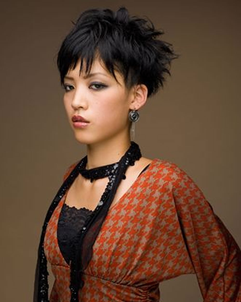 Pixie Haircuts for Asian Women | 18 Best Short Hairstyle ...