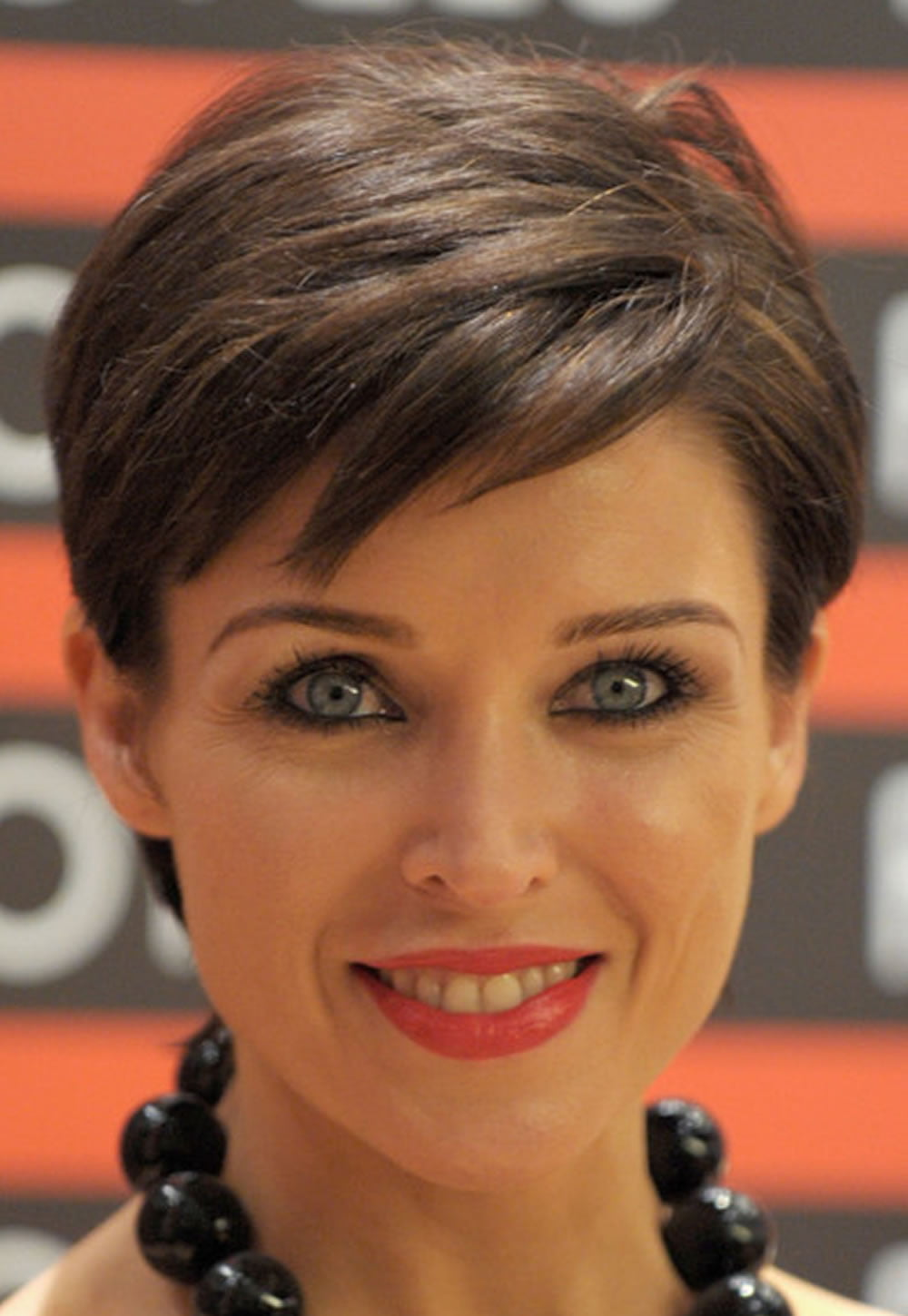 Pixie Short Haircuts And Hairstyle Ideas From Celebrity Ladies