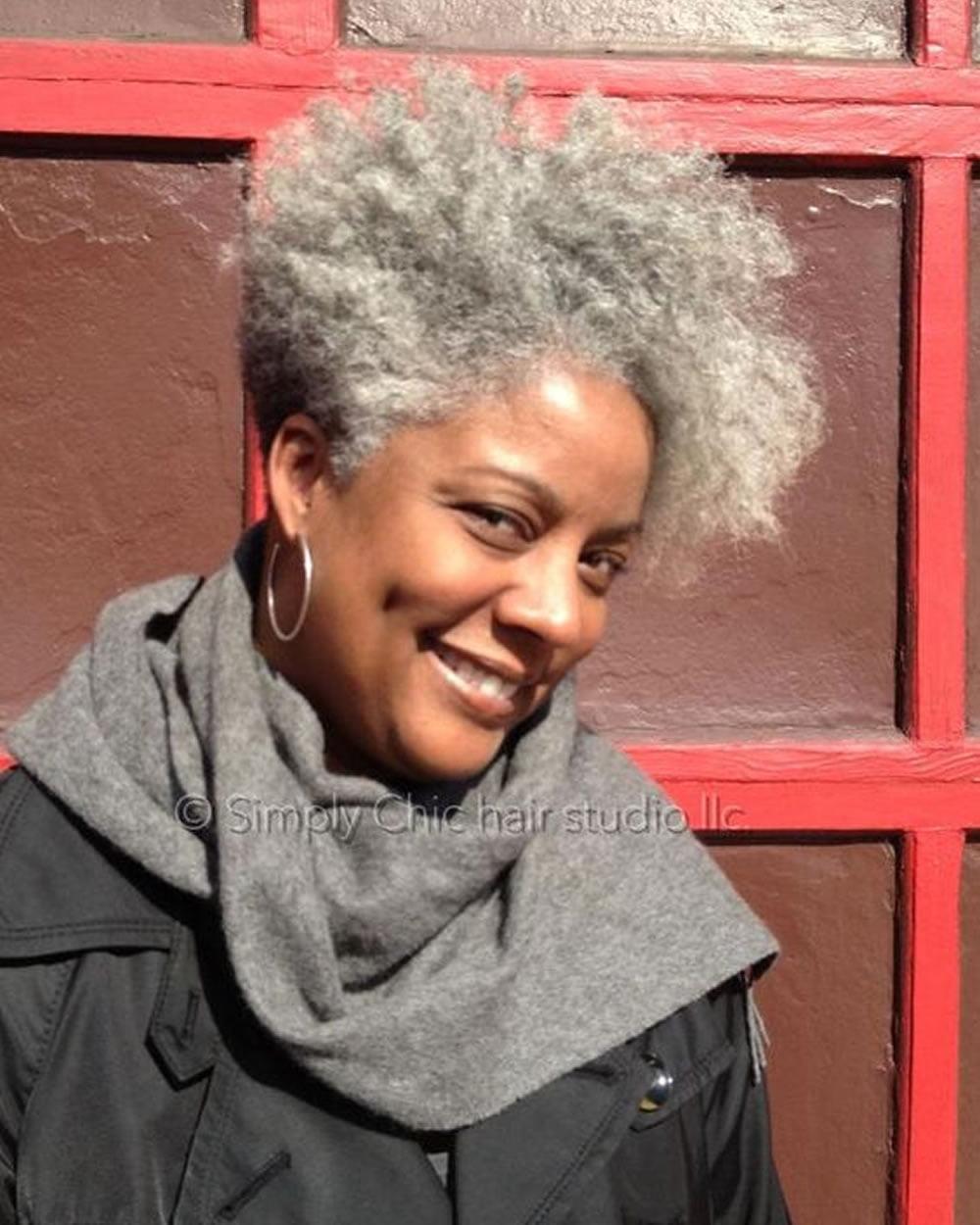 Short Haircuts Black Older Women Over 50 for 2018,2019