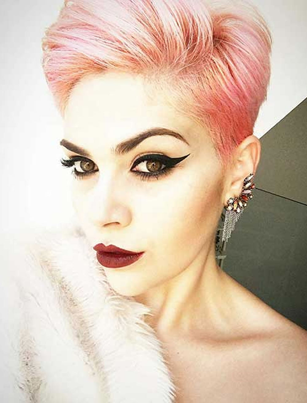 53 The Coolest Short Hairstyles and Hair Colors for Women ...