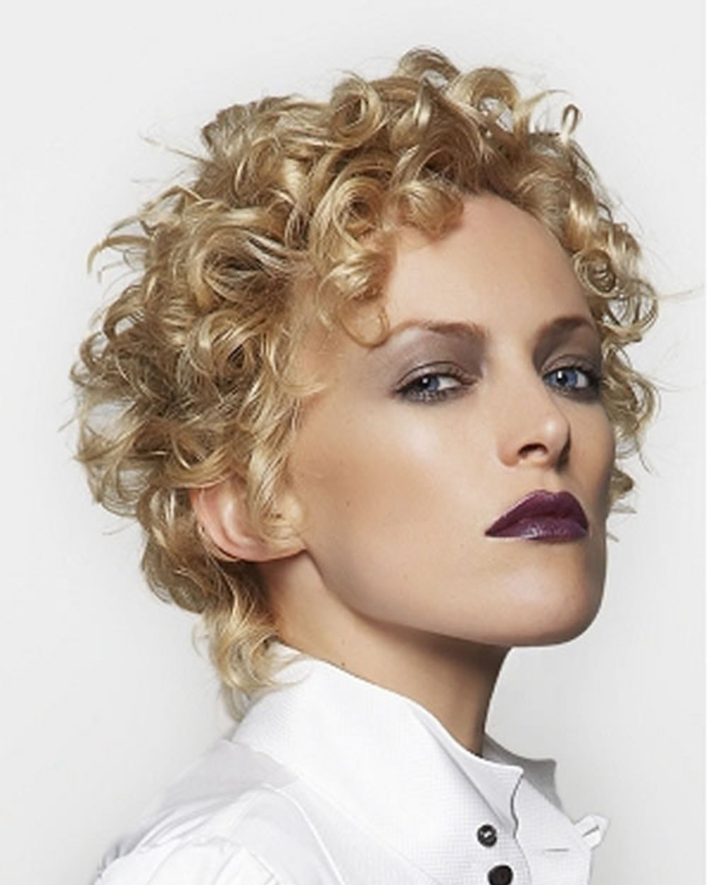 2018 Permed Hairstyles For Short Hair Best 32 Curly Short