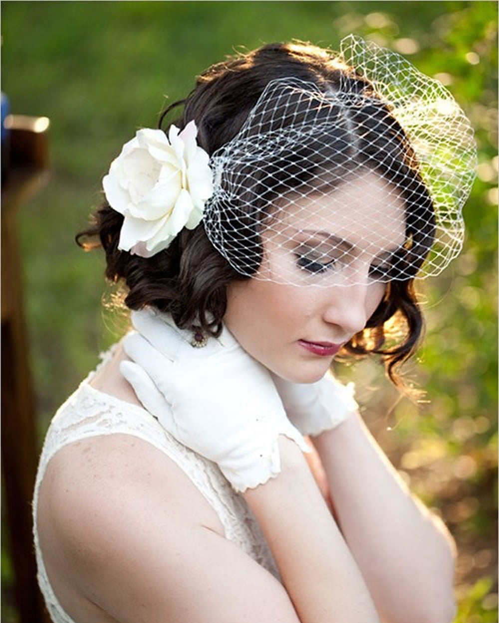 2018 Wedding Hairstyles and Make Up Guide For Short Hair