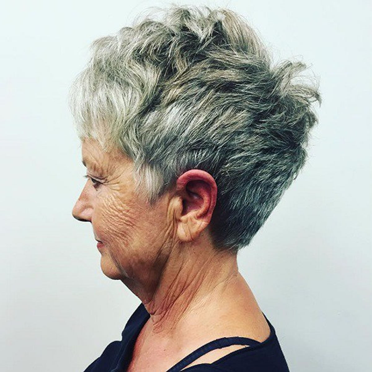 28 Easy Short Pixie Amp Bob Haircuts For Older Women Over 50