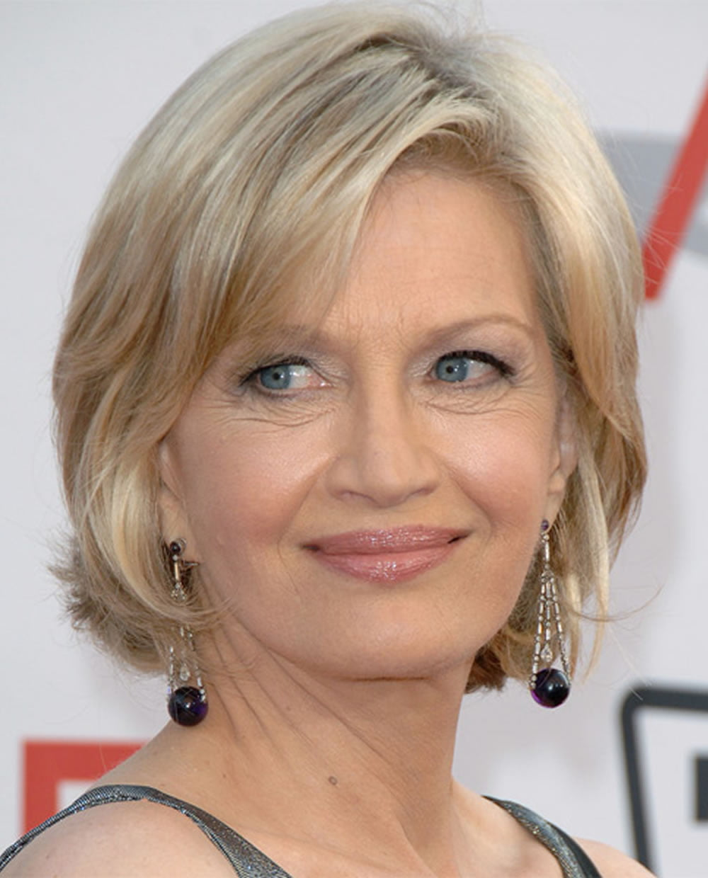 Bob haircuts for older women chic look