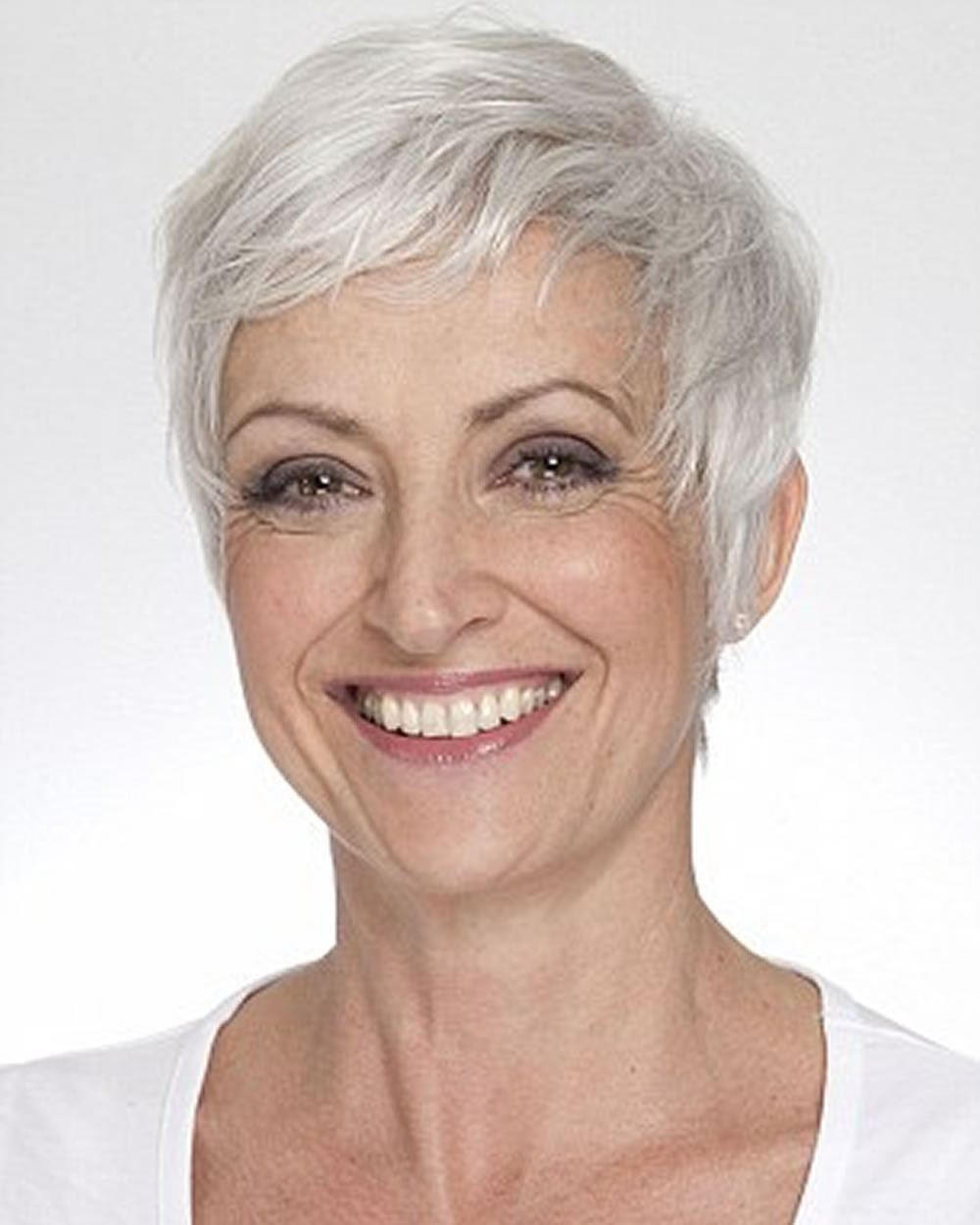 Pixie hair cuts for older women