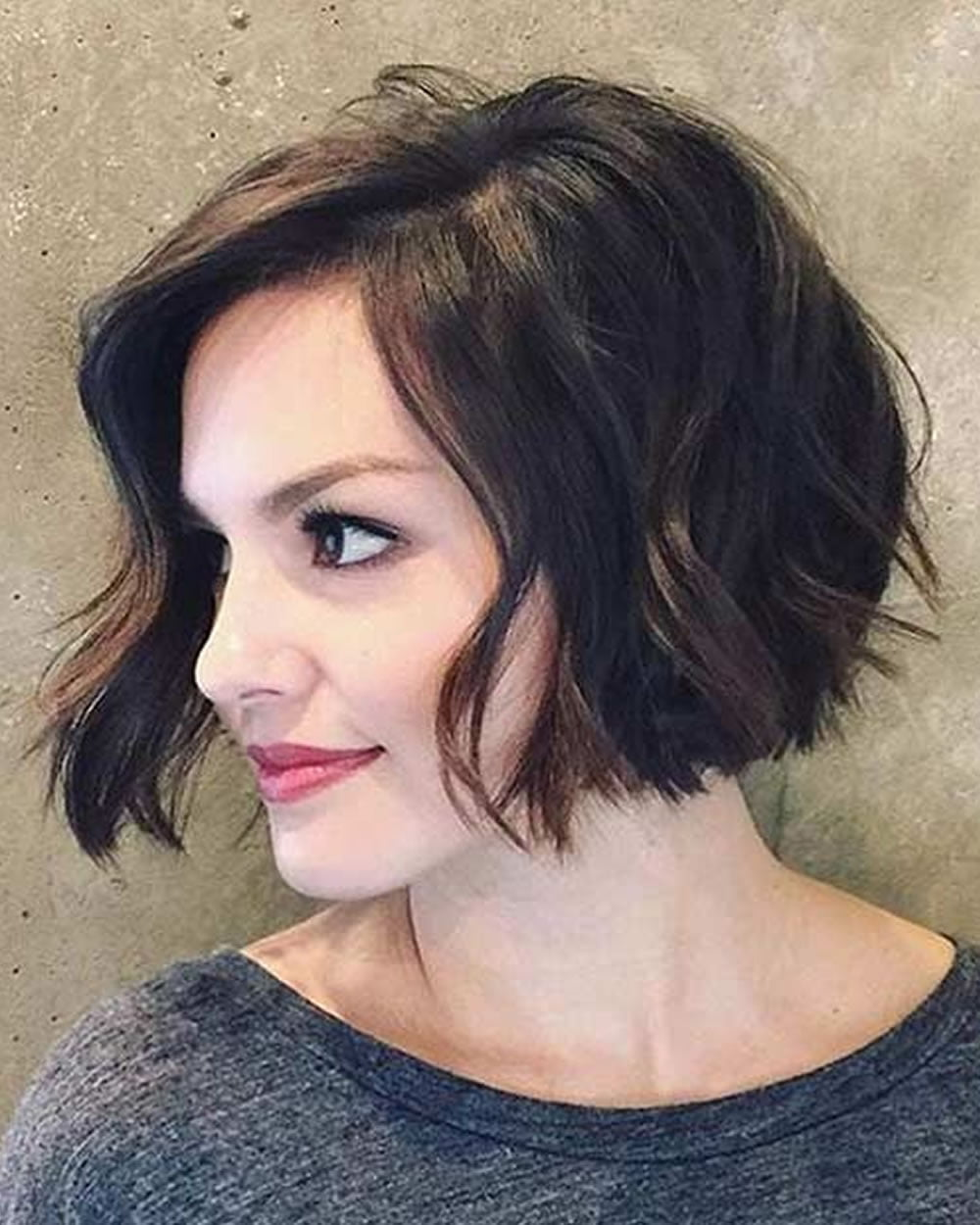 Short Bob Hairstyles Haircuts For Women 2018 2019 Side Swept Bob