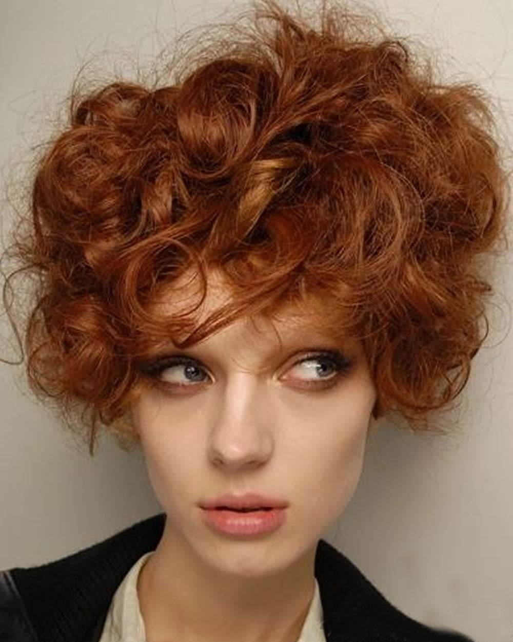 bob haircuts for curly hair curly or wavy haircuts for 2018 25 great bob 2992