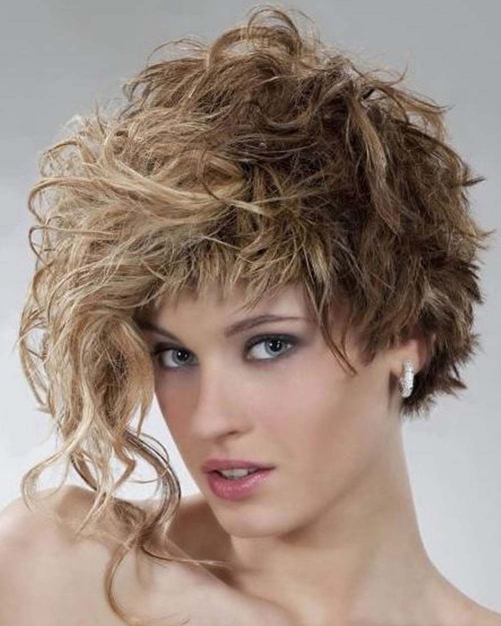 different haircuts for curly hair curly or wavy haircuts for 2018 25 great bob 3728