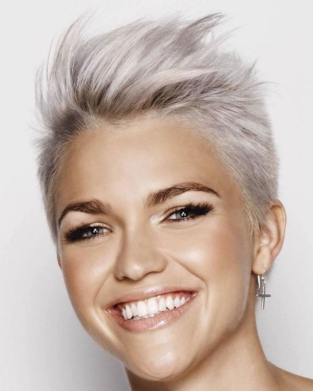 very short hairstyles & hair colors for pixie short hair 2018-2019