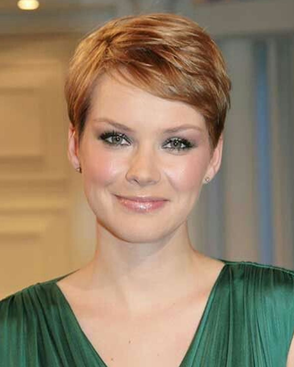 pixie haircut styles for thin hair pixie hairstyles for and thin hair 2018 page 9868