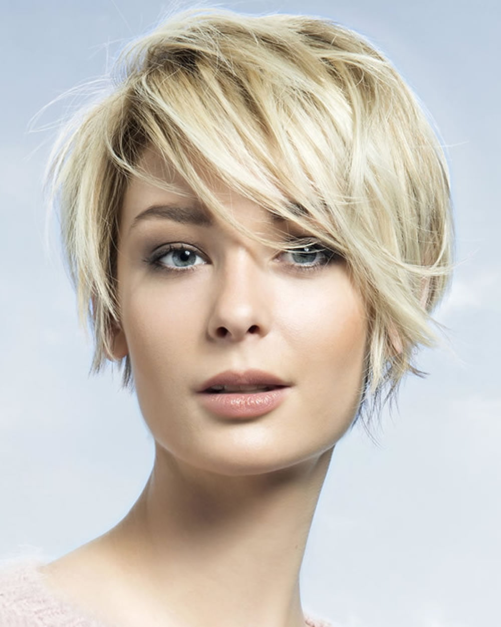 Latest Short Haircuts for Women: Curly, Wavy, Straight Hair Ideas ...