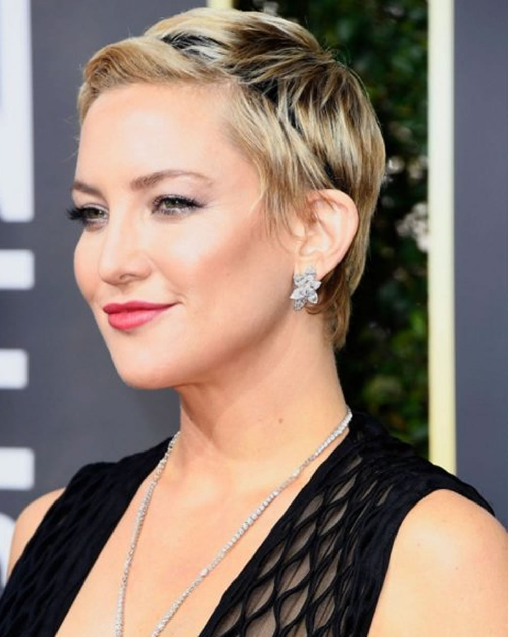 25 Ultra Short Hairstyles Pixie Haircuts Amp Hair Color