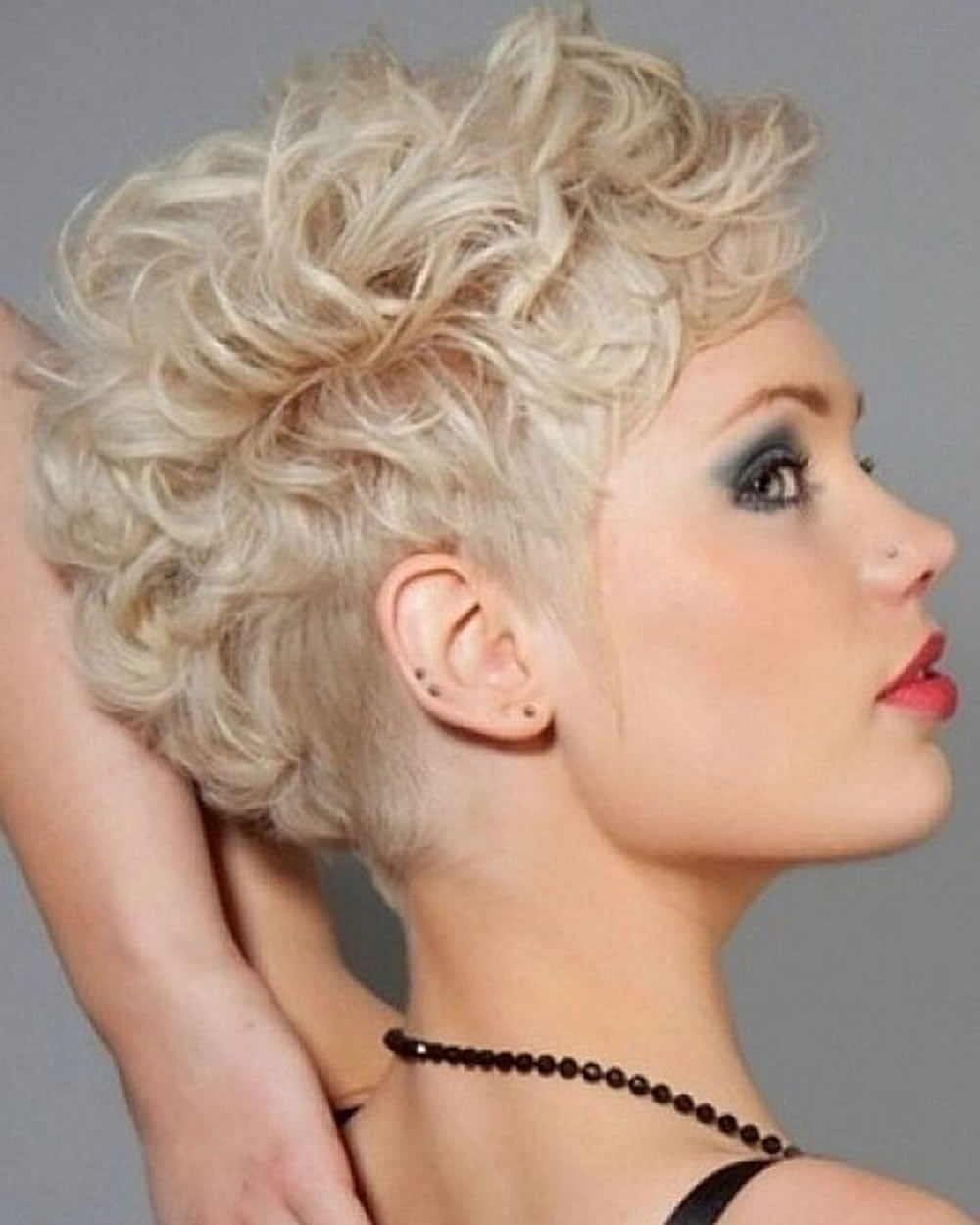 Hairstyles for Curly Short Hair 2018-Short Haircut Image