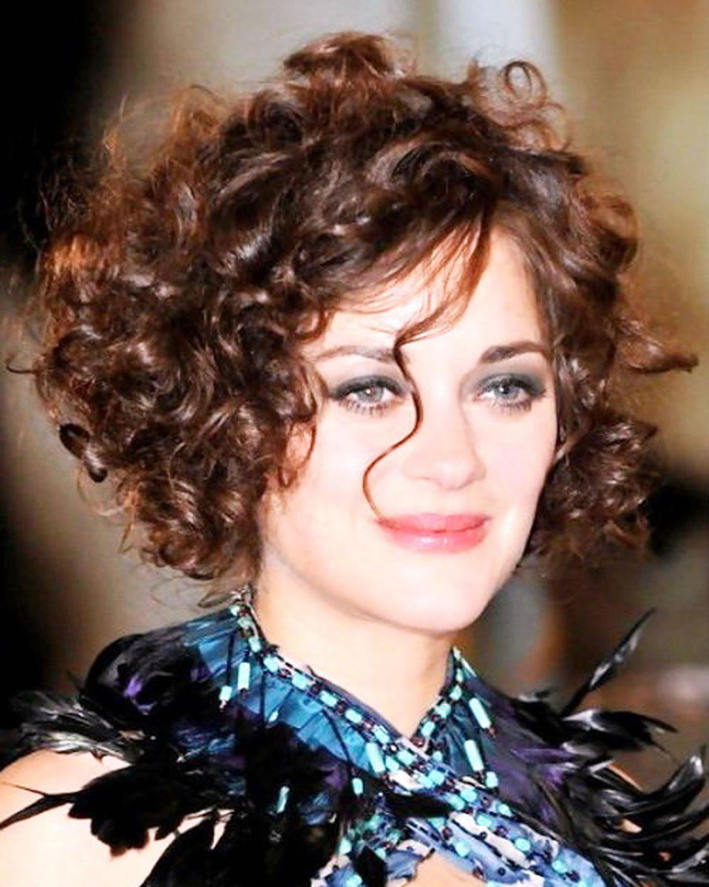 popular hairstyles for curly 22 popular hairstyles for curly hair pixie bob 22