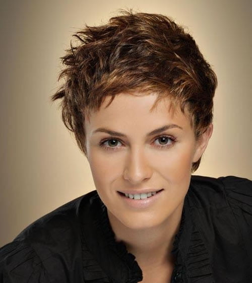 Messy Brown Pixie Hairstyles for Women