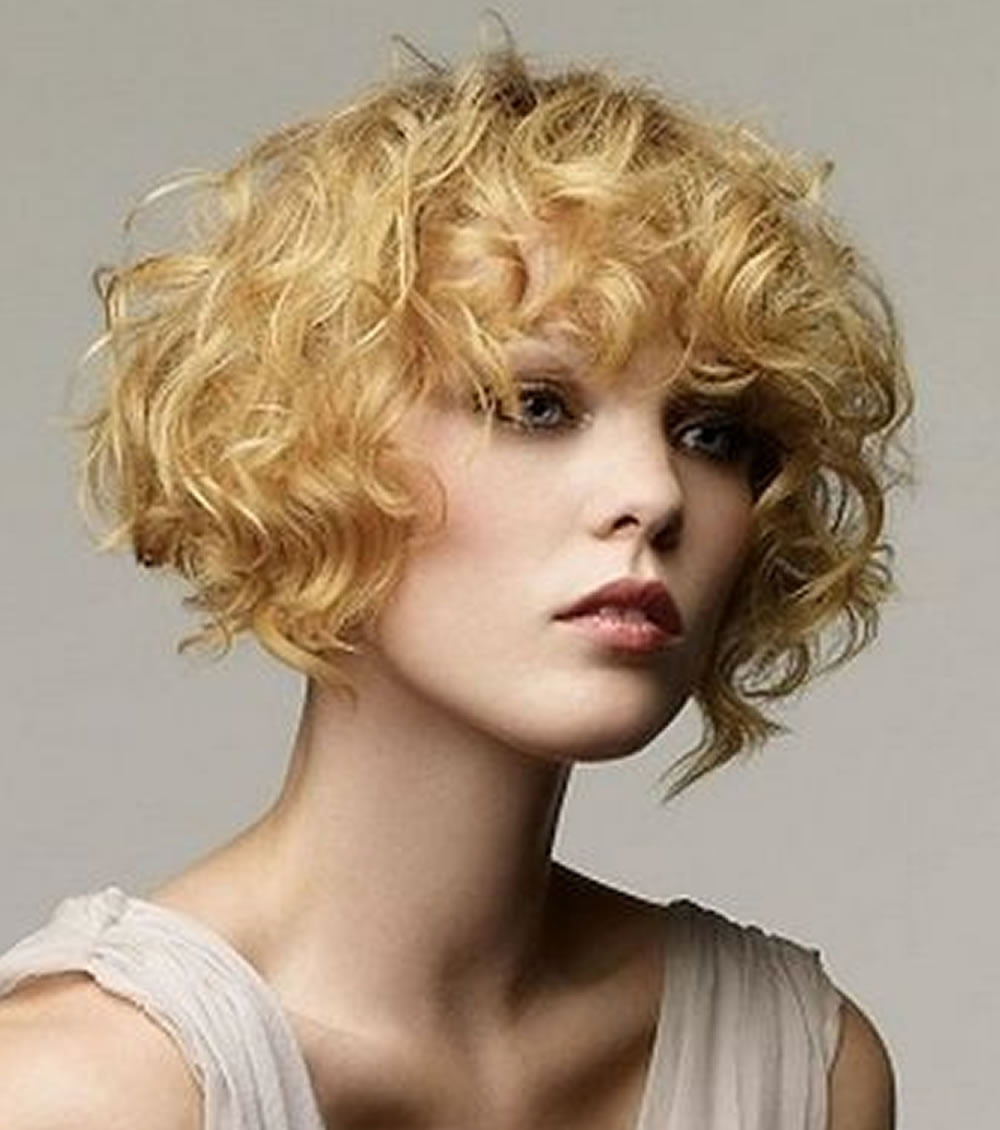 different haircuts for curly hair 30 trendy curly bob haircuts and hair colors for 3728