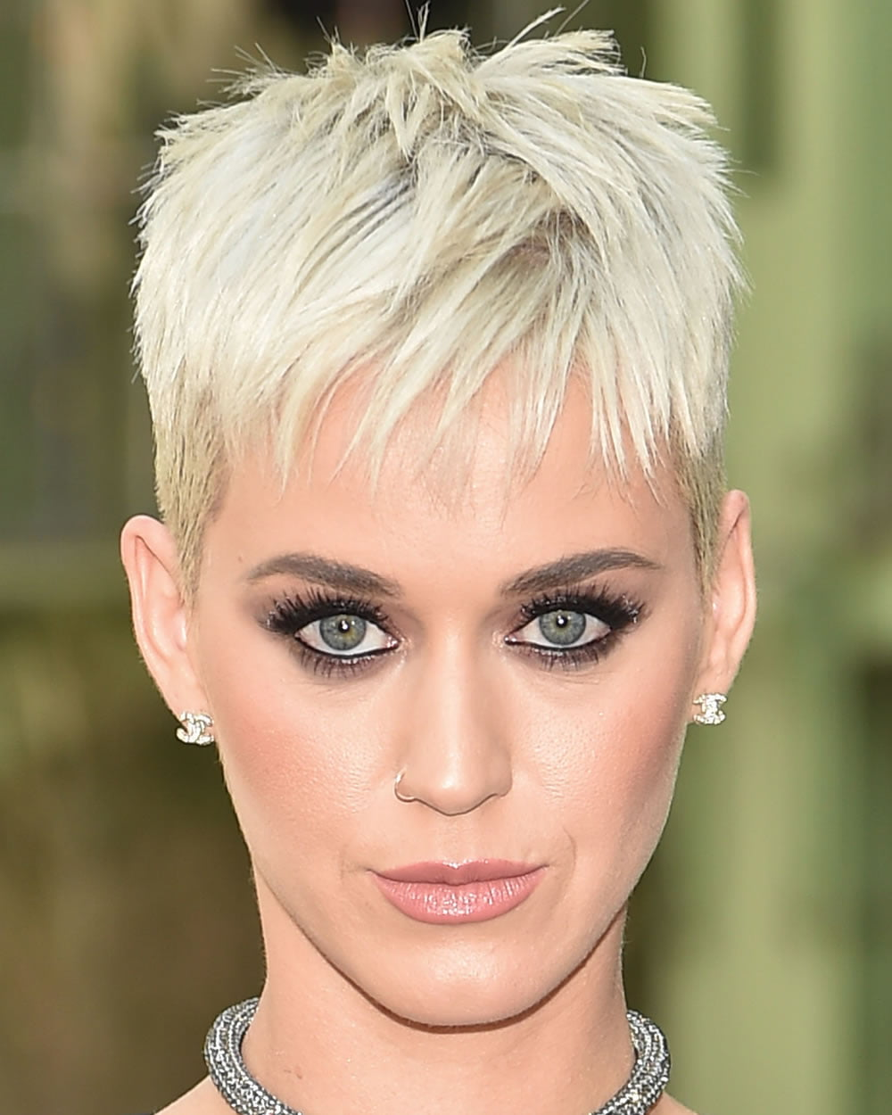 60 Best Short Haircuts Of Famous Women Cool Short