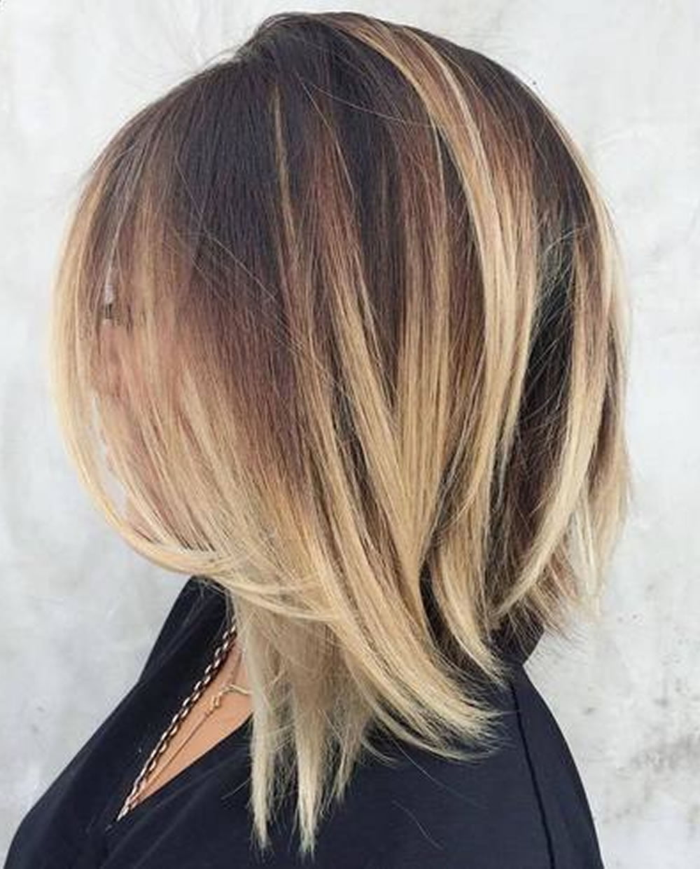 25 Layered Long Bob Hairstyles And Lob Haircuts 2018