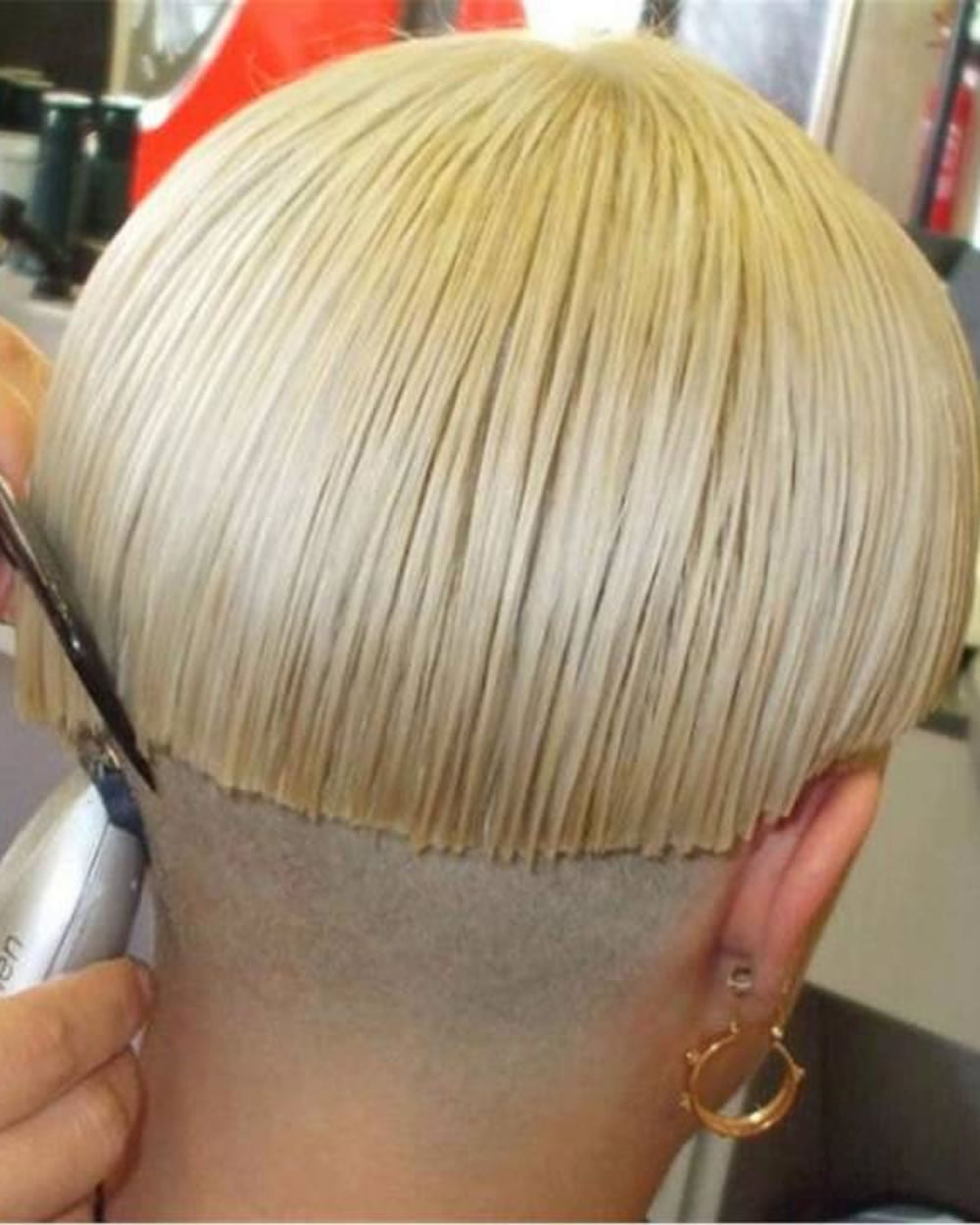 Extreme Nape Shaving Bob Haircuts Hairstyles For Women Page 7