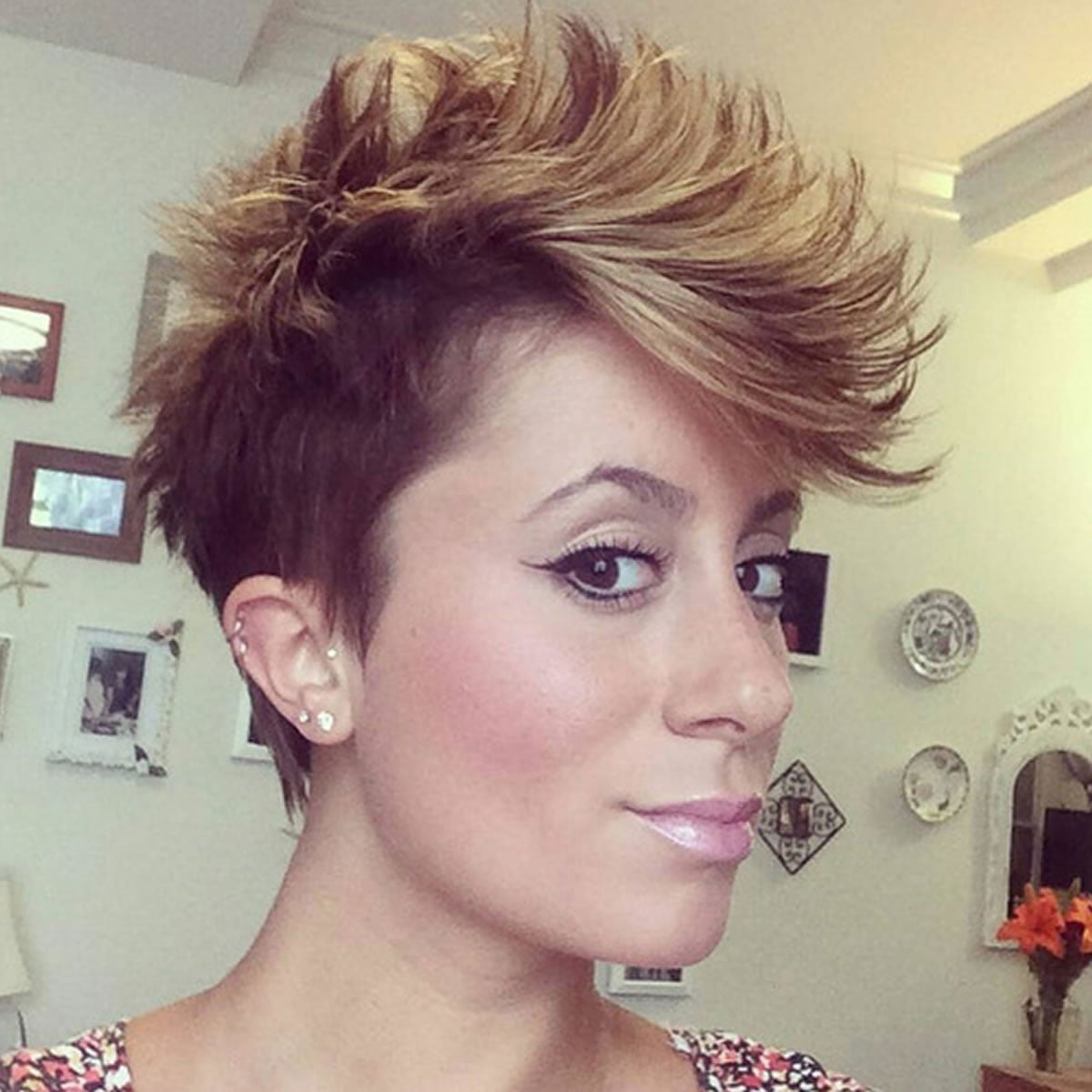 Images of Faux Hawk Haircut For Women - #rock-cafe