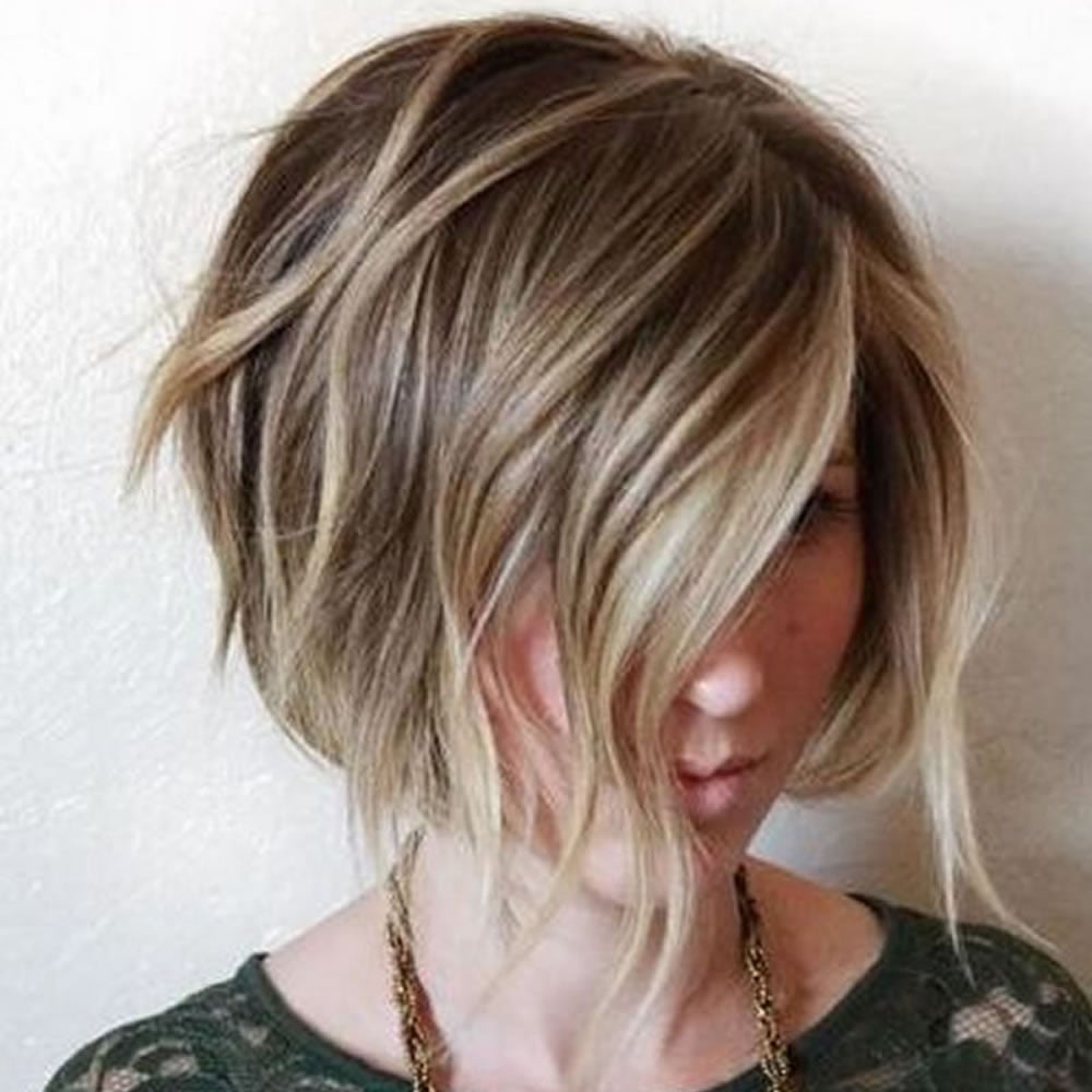Asymmetrical short bob