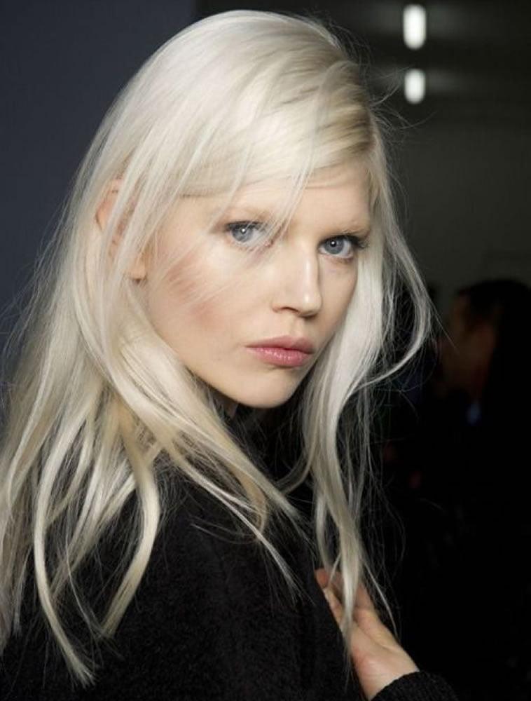 Platinum blonde hair 2019