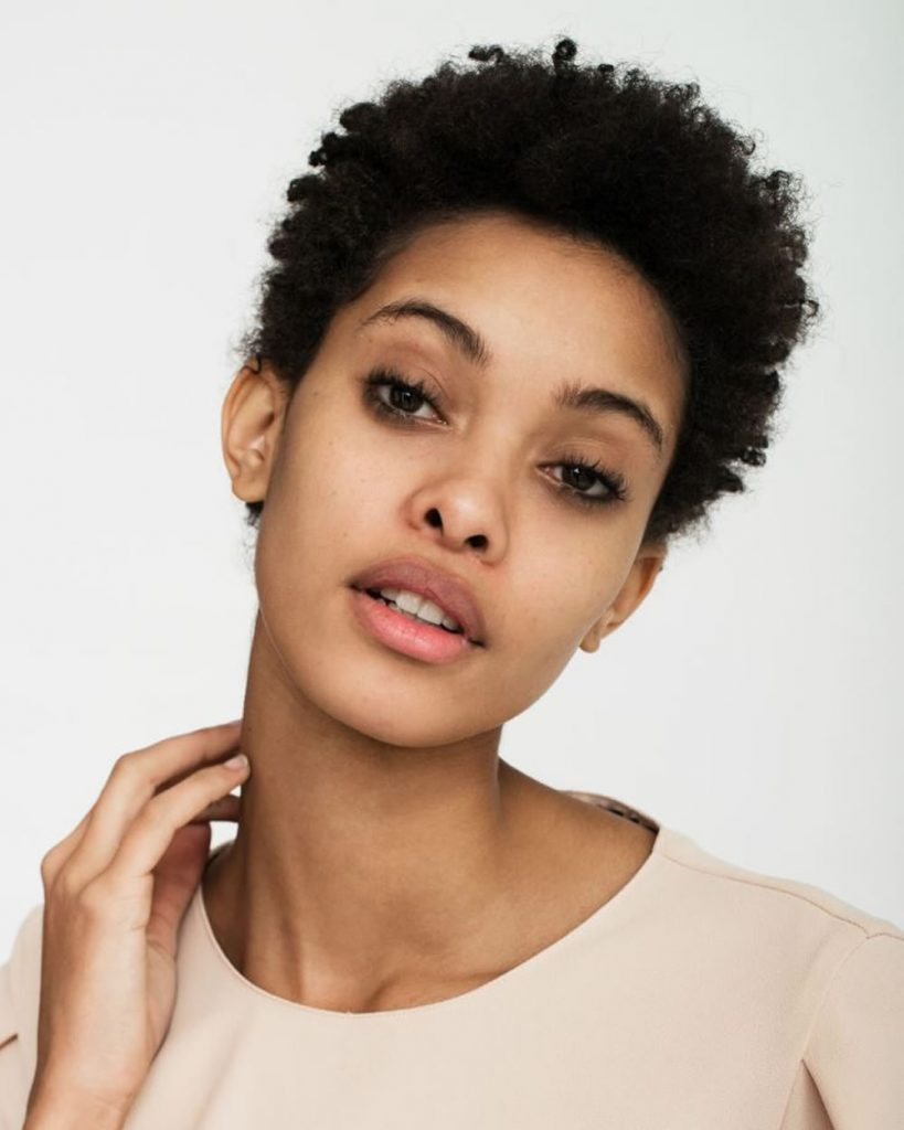 Natural short haircut for black ladies