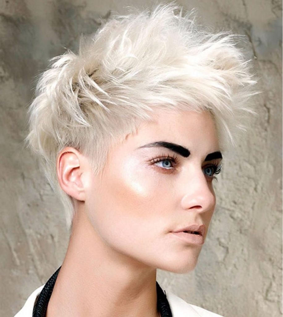 Short hairstyles fine hair 2019-2020
