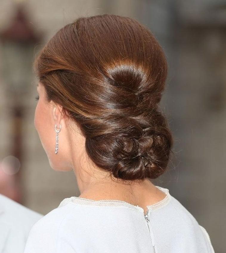 20 Inspiration Low Bun Hairstyles For Wedding 2019 2020: Bun Hairstyles For Wedding Or Party Hair 2020
