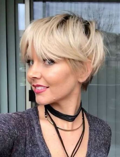 Balayage short layered hairstyle 2019-2020