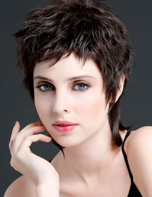 Voluminous pixie haircut for women over 30