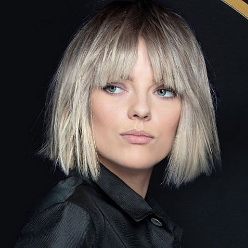 Short haircuts for women 2020