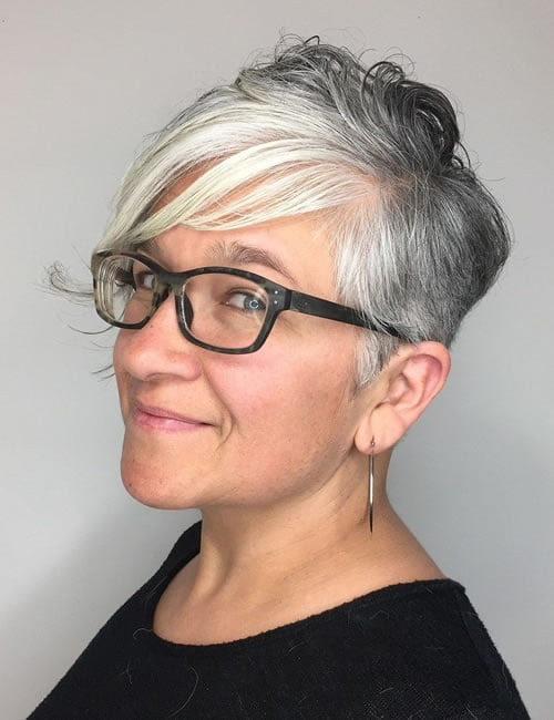 Short haircuts and hairstyles for Women over 60 in 2021-2022