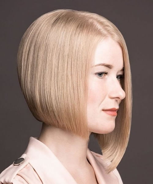 Short bob haircuts and hairstyles for 2021-2022